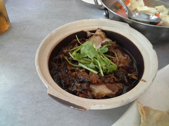 Hakka Kitchen Restaurant: 梅菜扣肉