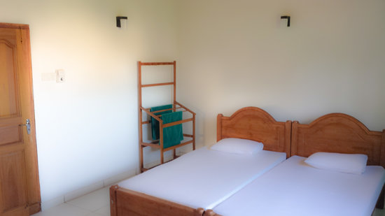 Mayura Apartment: Bedroom 2