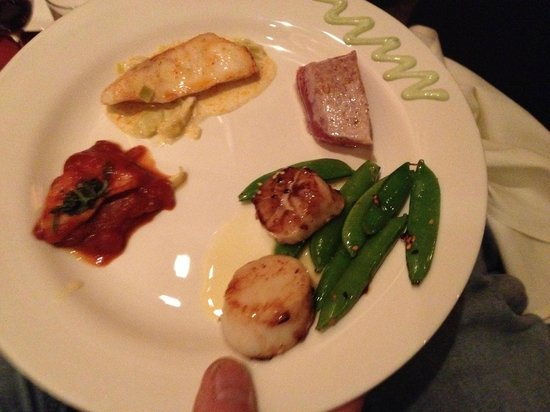 Deer Valley Seafood Buffet: Shallots, various fish dishes