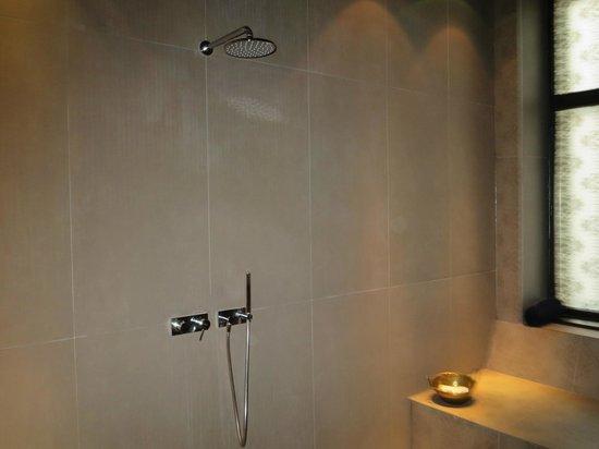 Hotel Hollmann-Beletage: rain shower spa suite