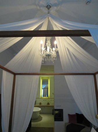 Hotel Hollmann-Beletage: bed, spa suite