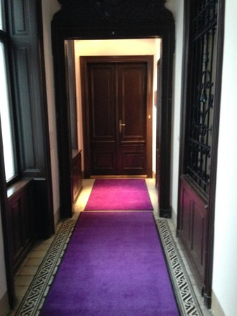 Hollmann Beletage Design & Boutique Hotel: entrance hall to private spa suite