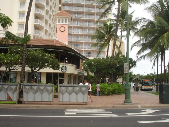 Park Shore Waikiki: Outside Hotel