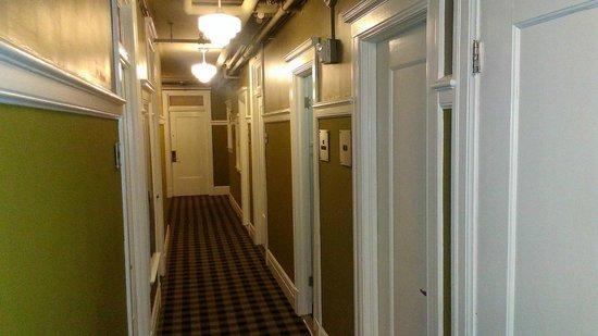 The Mosser : Corridor