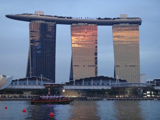 Marina Bay Sands: 夕陽