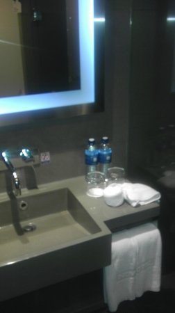 Novotel Bangkok on Siam Square: Drinking water is provided by the hotel