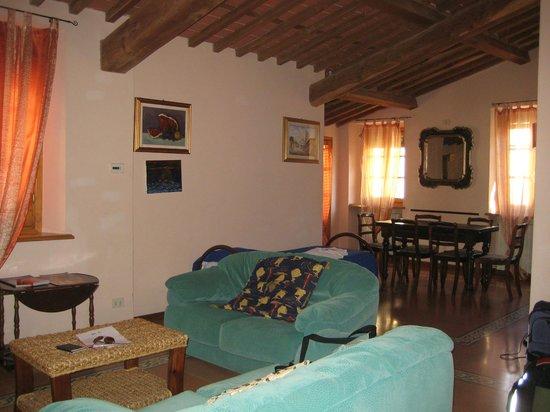 B&B Anfiteatro: Lounge area in apartment