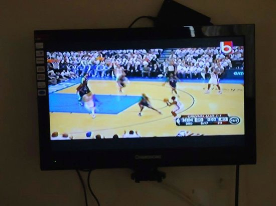 Bayler View Hotel: LCD TV
