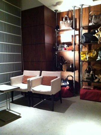 Hotel Gracery Sapporo: winebar