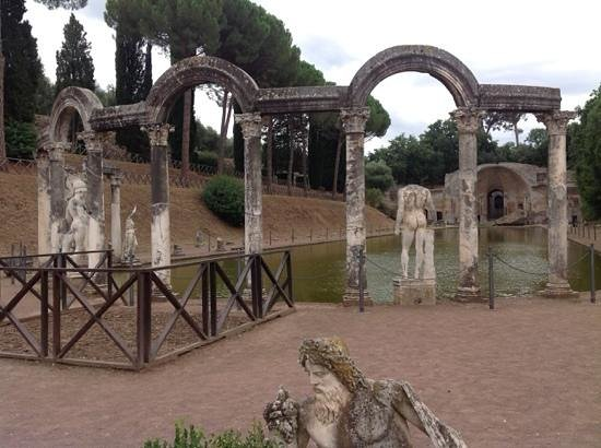 Villa Adriana : hadrian's villa