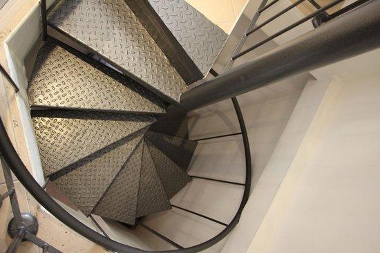 City Center Jerusalem: Tight/Narrow Staircase