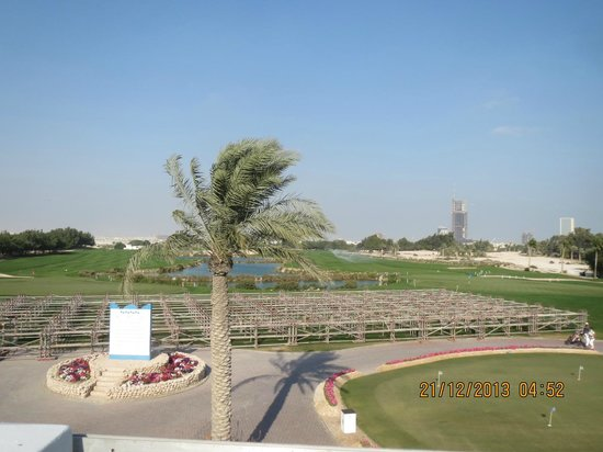 Doha Golf Club: Lush green golf tracks