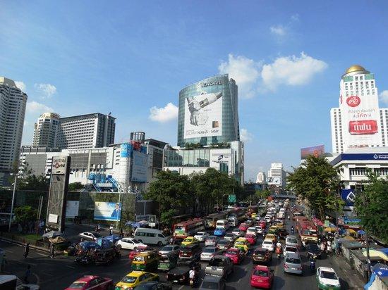 Novotel Bangkok Platinum Pratunam: Вид на отель