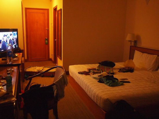 Hotel Que Huong Liberty 2: デラックスバルコニー付き客室