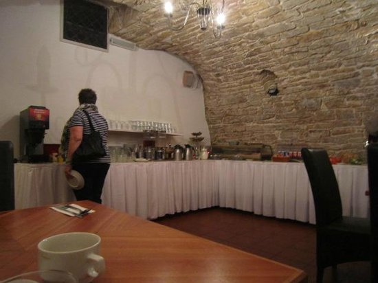 Hotel Mucha: breakfastroom