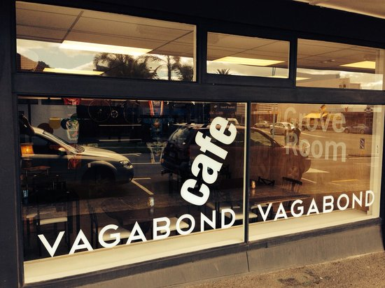 Vagabond Cafe : The new grove room opened up early December 2013