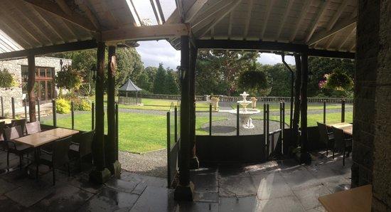 Bron Eifion Country House Hotel: So many beautiful views.