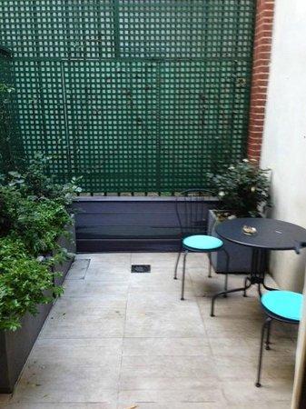 Les Plumes Hotel : Balcony