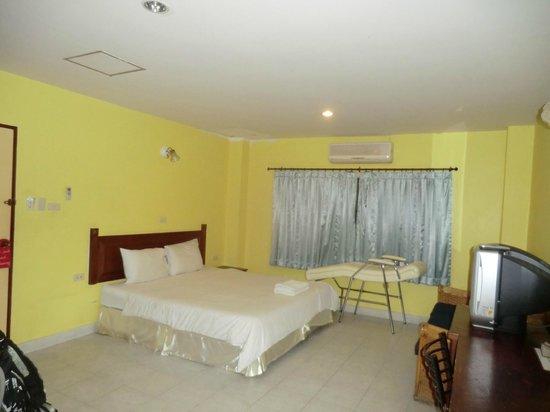 Sawasdee Mansion: camera piano terra