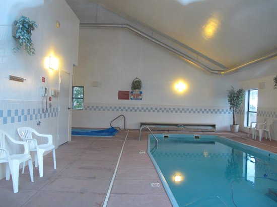 Americas Best Value Sundowner Motel: Swimming pool