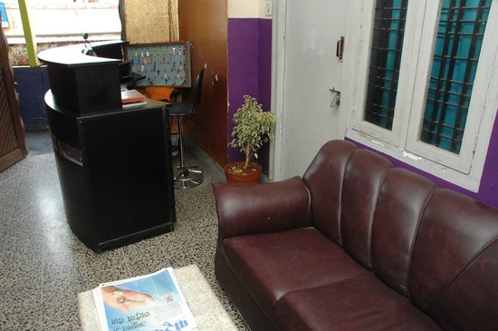 Elegant Guest House: there is sitting area also