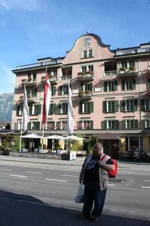 Hotel Interlaken: Фасад отеля