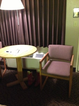 The Pacific Inn Motel : You don't want to stay here