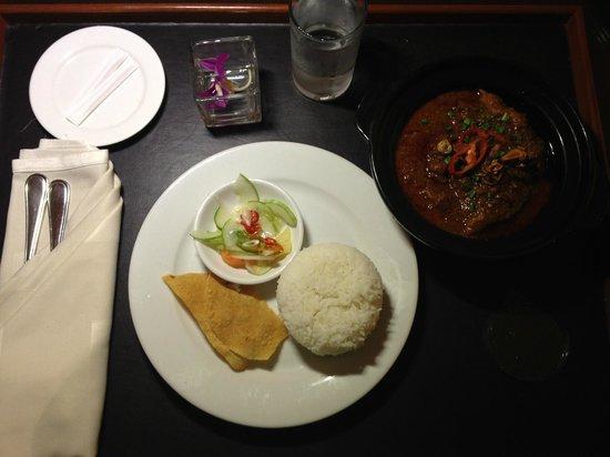 Hyatt Regency Kinabalu: Oxtail Asam Pedas - Hyatt KK's signature dish, highly recommended