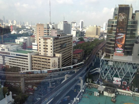 InterContinental Bangkok: Central Bangkok view