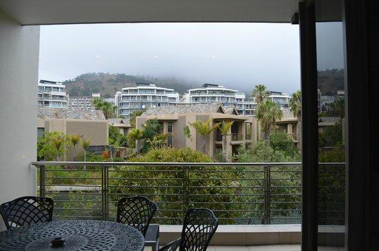 African Elite Properties: Balkon