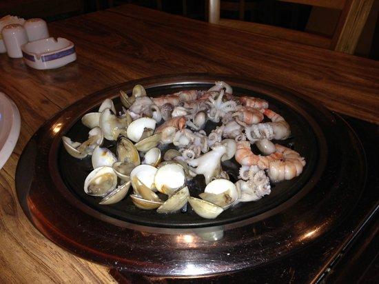Nexus Resort & Spa Karambunai: Корейский ресторан