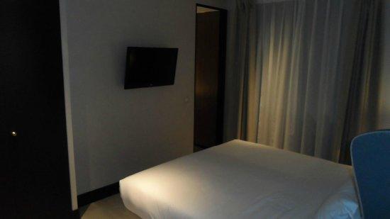 Hotel One Shot Luchana 22: La chambre