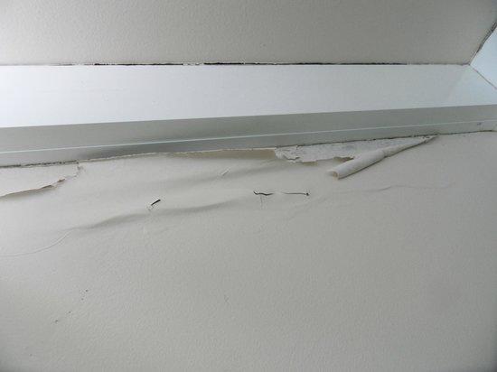 BreakFree Diamond Beach : Lounge Room Wall
