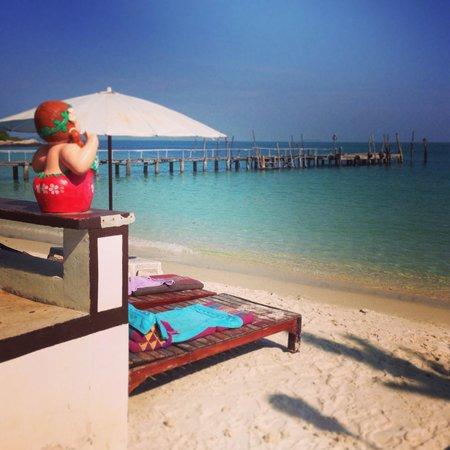 Tarn Tawan Resort Ao Cho : Пляж у Тарн Таван бунгало