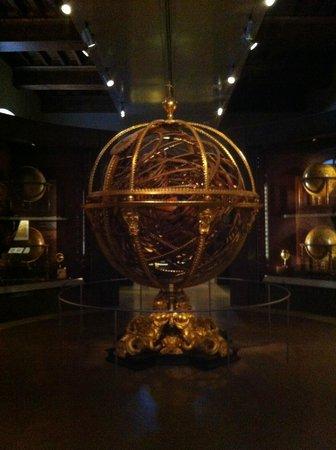 Museo Galileo Firenze.Museo Galileo A Firenze Grande Sfera Armillare Picture Of Museo