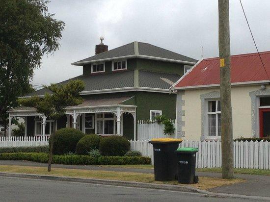 Designer Cottage: Strassenansicht