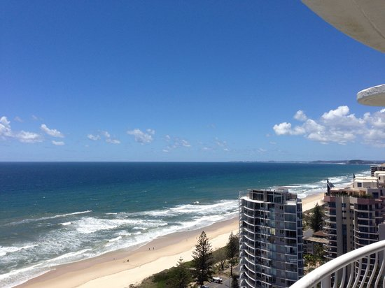 Biarritz Apartments Gold Coast: The other side from the apartment