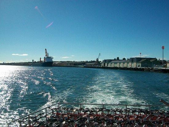 Parakeet Bay: Leaving Perth