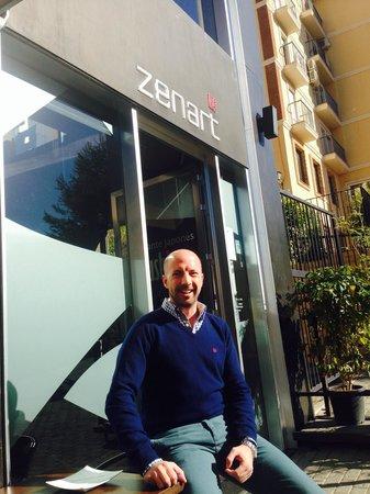 Restaurante Zenart: La terraza, en invierno y parece primavera