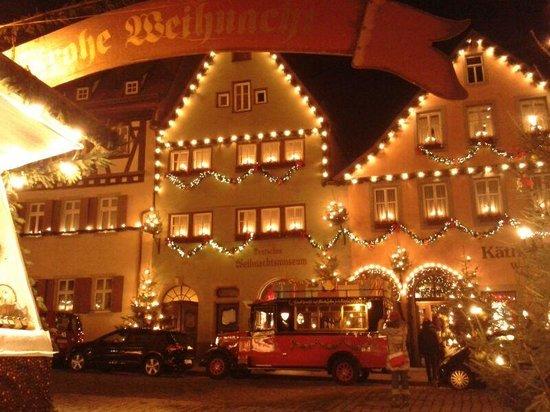 BEST WESTERN PREMIER Why Hotel : Christmas market round the corner