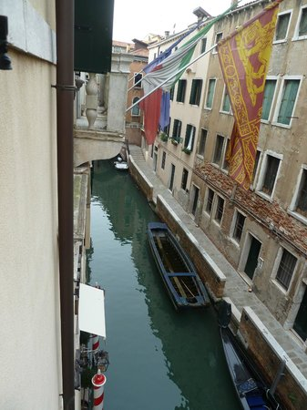Duodo Palace Hotel : View of Canal