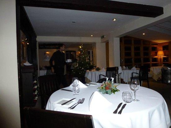 Rossini at the Leatherne Bottel: Leatherne Bottel Restaurant Goring-on-Thames