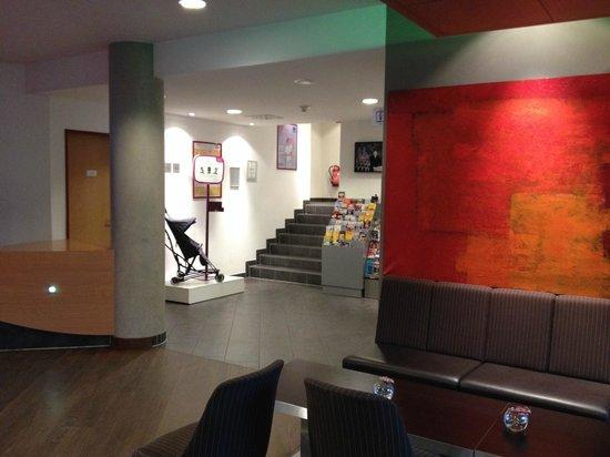 Novotel Suites Berlin City Potsdamer Platz : Lobby 2