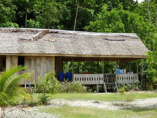 Sifa Cottage - Waleakodi: die Terrasse zum Essen