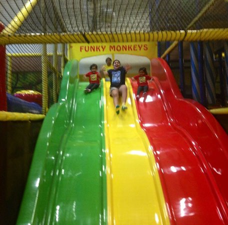 Funky Monkeys Play Center - Lower Parel : Triple lane slide