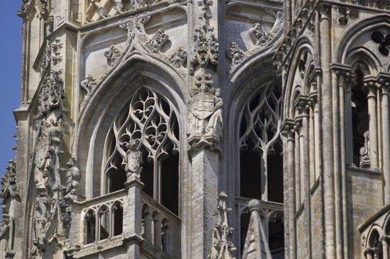 Notre Dame Cathedral: Détail de la cathédrale de Bayeux