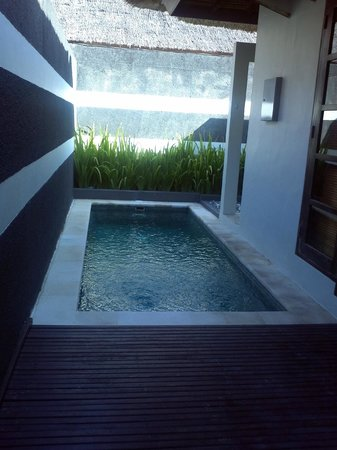 The Bali Khama Beach Resort & Spa: pvt pool