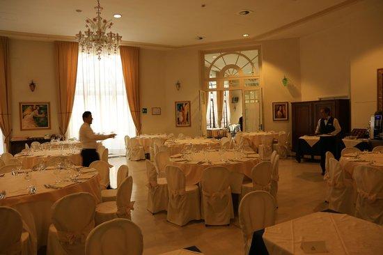 Grand Hotel Nuove Terme: Sala da pranzo
