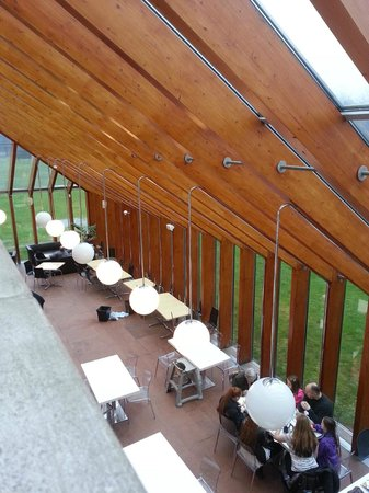 The Burrell Collection: Burrell collection cafe