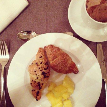 Roseo Hotel Leon D'Oro : Colazione